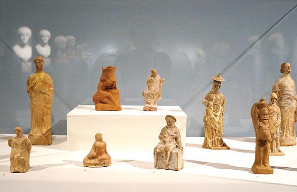 large-terracotta-caseWEB